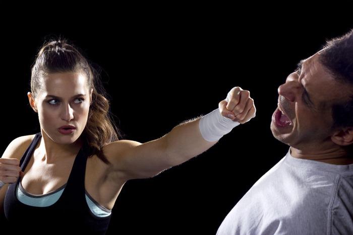 Будет ли мужчина избивать женщину?